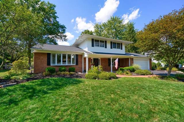 996 Clubview Boulevard S, Columbus, OH 43235 (MLS #220032439) :: The Jeff and Neal Team | Nth Degree Realty
