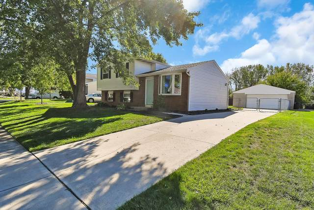8453 Blue Lake Circle, Galloway, OH 43119 (MLS #220033047) :: Core Ohio Realty Advisors