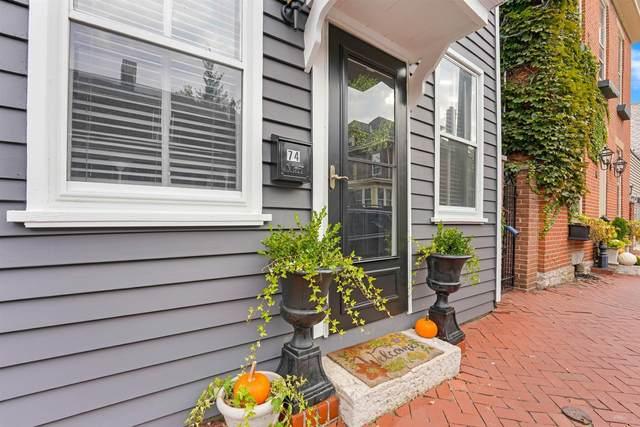 74 E Blenkner Street, Columbus, OH 43215 (MLS #220033846) :: The Willcut Group