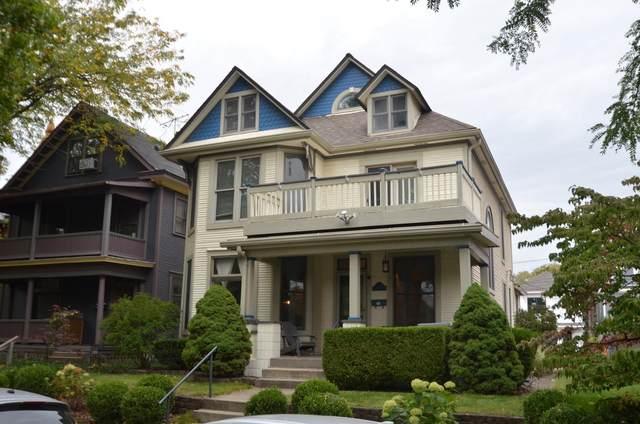 452 Vermont Place, Columbus, OH 43201 (MLS #220034501) :: RE/MAX Metro Plus