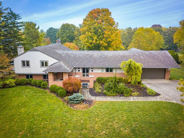 4375 Sawmill Road, Columbus, OH 43220 (MLS #220035118) :: The Jeff and Neal Team | Nth Degree Realty