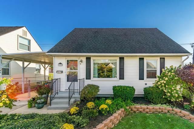 753 Wainwright Drive, Columbus, OH 43224 (MLS #220035591) :: Berkshire Hathaway HomeServices Crager Tobin Real Estate