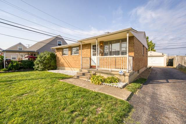 3966 Halsey Place, Columbus, OH 43228 (MLS #220037727) :: The Jeff and Neal Team | Nth Degree Realty