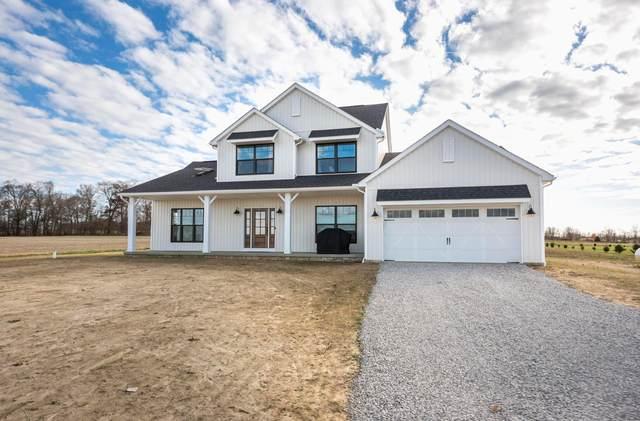 7440 Rader Road NE, Pleasantville, OH 43148 (MLS #220039846) :: Susanne Casey & Associates
