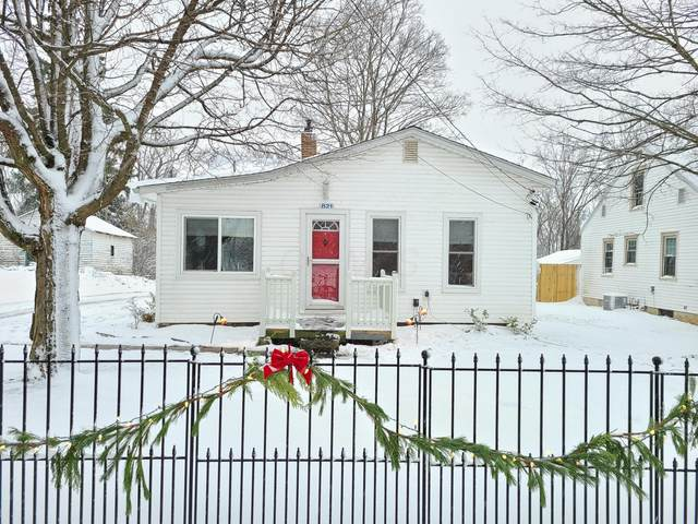 821 Charles Street, Galion, OH 44833 (MLS #220041848) :: The Holden Agency