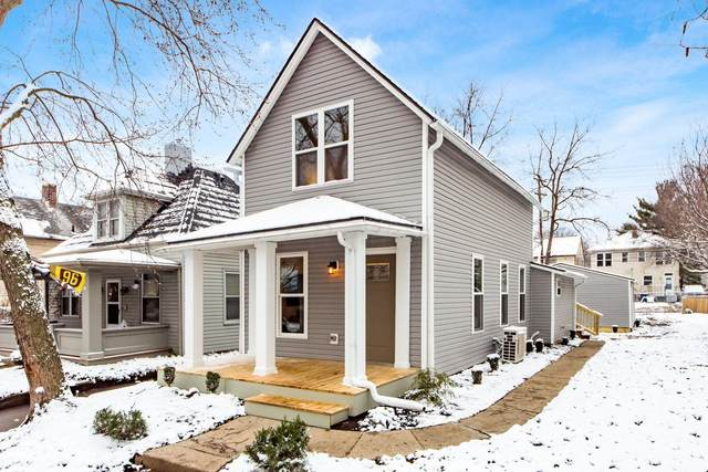 108 W Pacemont Road, Columbus, OH 43202 (MLS #220041934) :: Berkshire Hathaway HomeServices Crager Tobin Real Estate