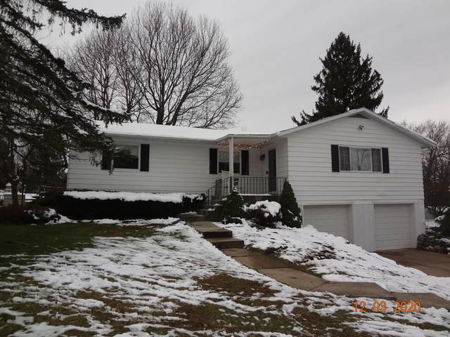 286 Cherokee Trail, Granville, OH 43023 (MLS #220042088) :: The Raines Group