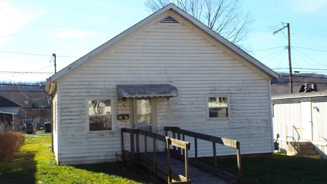 1107 Poplar Street, Nelsonville, OH 45764 (MLS #220044115) :: Signature Real Estate