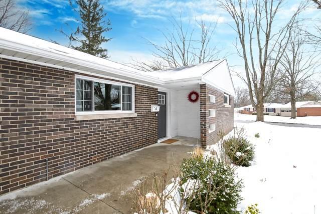 348 Iroquois Park Place, Columbus, OH 43230 (MLS #221004427) :: Angel Oak Group