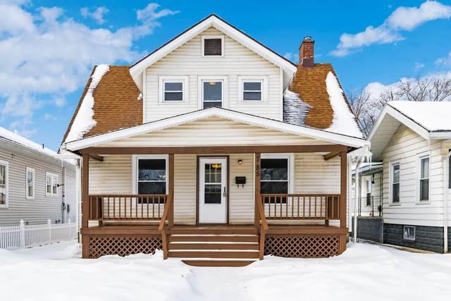 785 Larzelere Avenue, Zanesville, OH 43701 (MLS #221004719) :: Core Ohio Realty Advisors