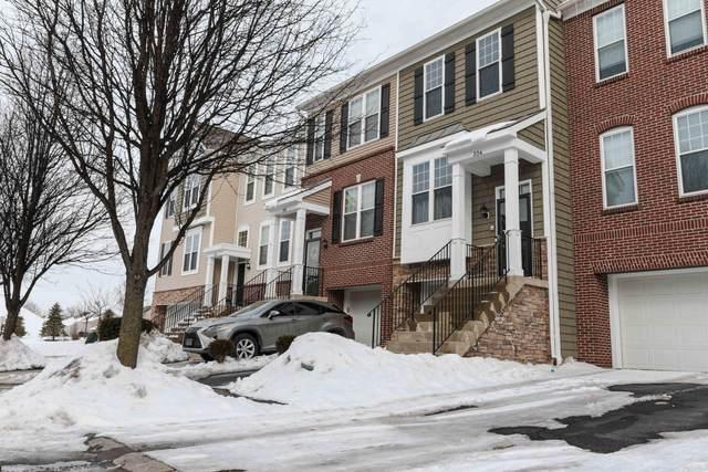 334 Giovanna Avenue, Columbus, OH 43213 (MLS #221005192) :: Signature Real Estate