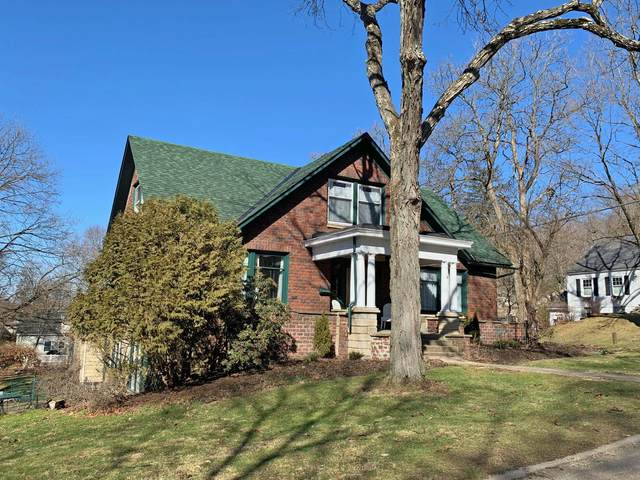 943 E High Street, Mount Vernon, OH 43050 (MLS #221005828) :: The Holden Agency