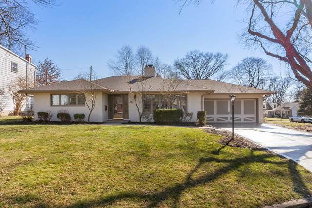 217 W Dominion Boulevard, Columbus, OH 43214 (MLS #221005976) :: RE/MAX ONE