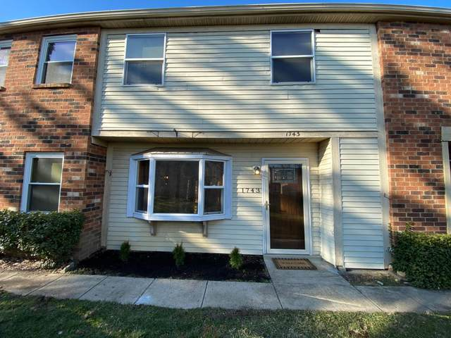 1743 Worthington Run Drive E, Columbus, OH 43235 (MLS #221006525) :: LifePoint Real Estate