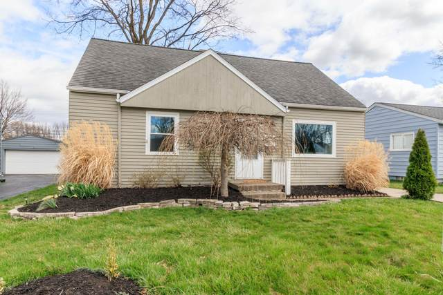 4284 Beechgrove Drive, Grove City, OH 43123 (MLS #221008893) :: Greg & Desiree Goodrich | Brokered by Exp