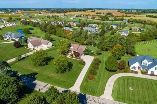1785 E Glenhurst Drive NW, Lancaster, OH 43130 (MLS #221009215) :: MORE Ohio