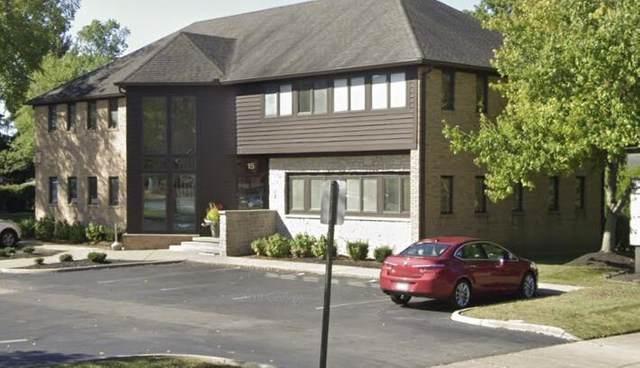 15 Bishop Drive, Westerville, OH 43081 (MLS #221009880) :: Susanne Casey & Associates