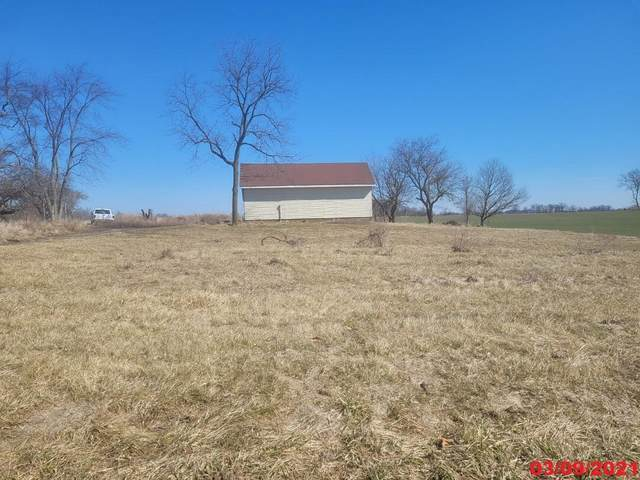 13044 Reid Road, Jeffersonville, OH 43128 (MLS #221010991) :: Greg & Desiree Goodrich | Brokered by Exp