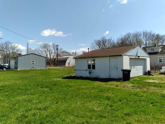 304 Eagle Avenue, Lancaster, OH 43130 (MLS #221011246) :: CARLETON REALTY