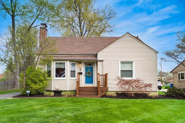 526 E Beaumont Road, Columbus, OH 43214 (MLS #221011261) :: The Holden Agency