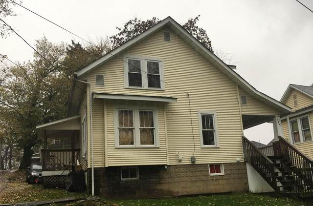 1186 Greenwood Avenue, Zanesville, OH 43701 (MLS #221011579) :: Ackermann Team