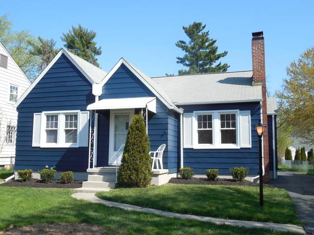 316 Garden Road, Columbus, OH 43214 (MLS #221012184) :: The Jeff and Neal Team | Nth Degree Realty