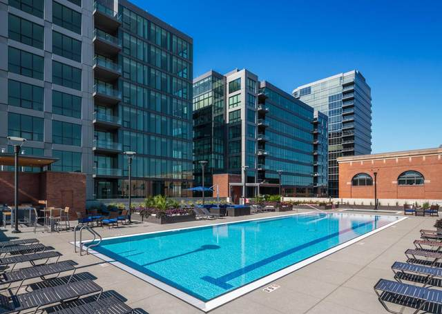 225 John H. Mcconnell Boulevard #505, Columbus, OH 43215 (MLS #221012906) :: Greg & Desiree Goodrich | Brokered by Exp