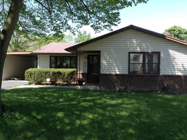 217 West Street, Groveport, OH 43125 (MLS #221013996) :: Greg & Desiree Goodrich | Brokered by Exp