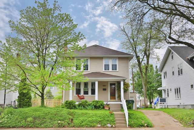 2915 Indianola Avenue, Columbus, OH 43202 (MLS #221014685) :: Jamie Maze Real Estate Group