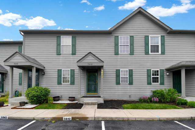 5842 Blendon Place Drive 11C, Columbus, OH 43230 (MLS #221014766) :: Jamie Maze Real Estate Group