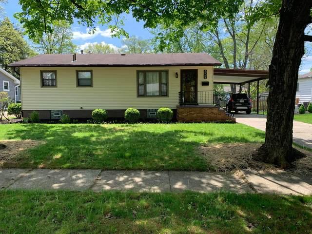 559 E Lincoln Avenue, Columbus, OH 43214 (MLS #221014777) :: Jamie Maze Real Estate Group