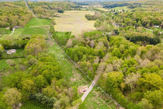 3255 Cambria Mill Road, Granville, OH 43023 (MLS #221014860) :: Signature Real Estate