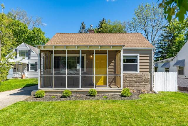 330 Chase Road, Columbus, OH 43214 (MLS #221015778) :: The Jeff and Neal Team | Nth Degree Realty