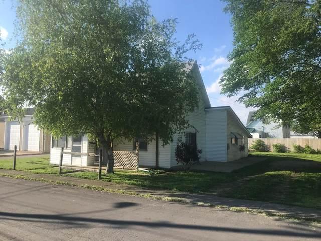 220 Barnes Avenue, Circleville, OH 43113 (MLS #221015931) :: Susanne Casey & Associates
