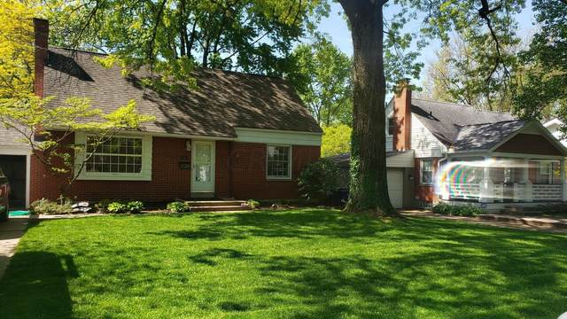 501 E Beaumont Road, Columbus, OH 43214 (MLS #221016263) :: Susanne Casey & Associates