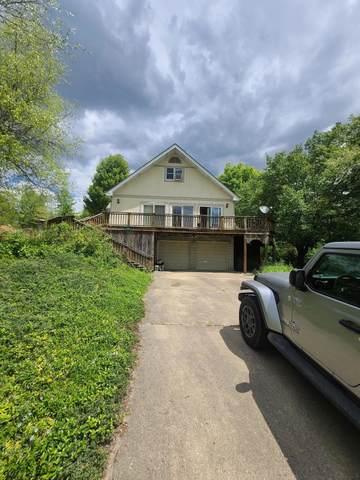 540 Baldwin Drive, Howard, OH 43028 (MLS #221016283) :: Susanne Casey & Associates