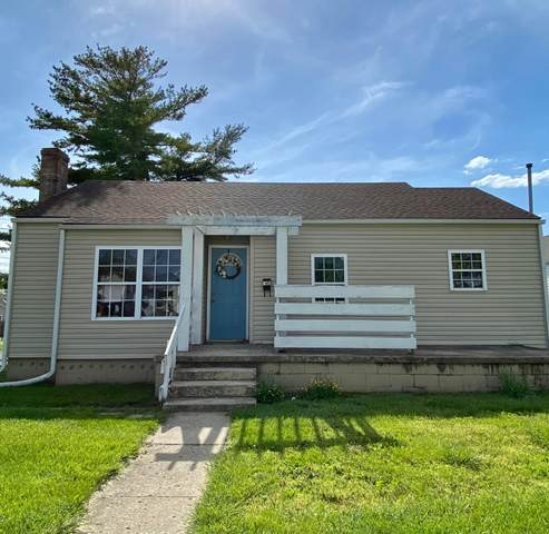 1251 S Pickaway Street, Circleville, OH 43113 (MLS #221016306) :: The Jeff and Neal Team | Nth Degree Realty