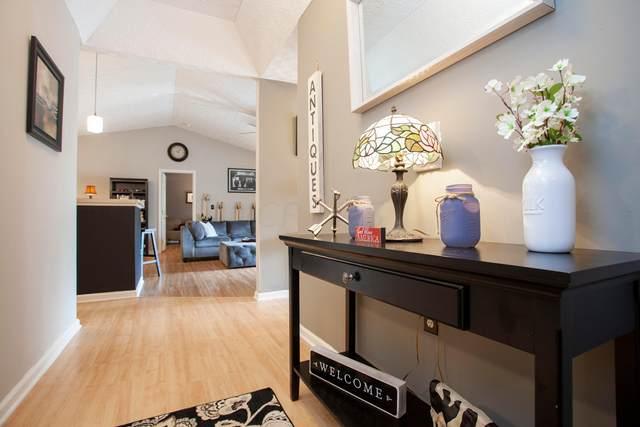 6155 Pelican Pointe #203, Columbus, OH 43231 (MLS #221017490) :: Jamie Maze Real Estate Group