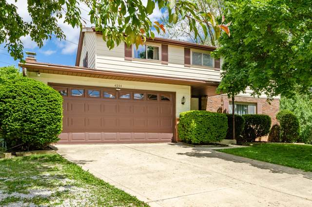4954 Brittany Court E, Columbus, OH 43229 (MLS #221018797) :: The Tobias Real Estate Group