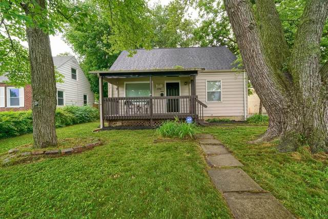 1796 E Dunedin Road, Columbus, OH 43224 (MLS #221020512) :: The Tobias Real Estate Group
