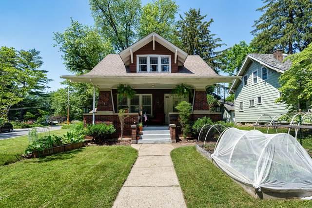 284 W Kenworth Road, Columbus, OH 43214 (MLS #221021186) :: 3 Degrees Realty