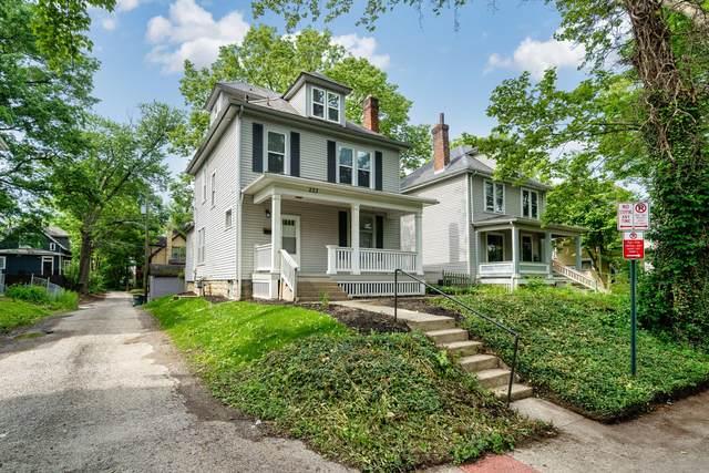 233 E Oakland Avenue, Columbus, OH 43201 (MLS #221021358) :: Signature Real Estate
