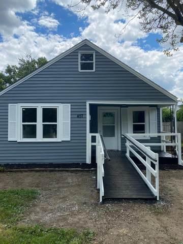457 Watt Street, Circleville, OH 43113 (MLS #221021590) :: The Tobias Real Estate Group