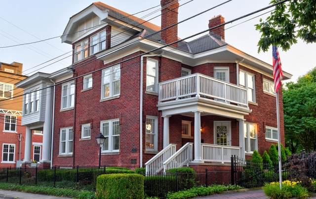 17 Wilson Avenue, Columbus, OH 43205 (MLS #221022192) :: Jamie Maze Real Estate Group