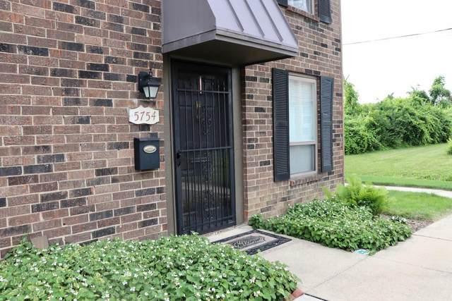 5754 Hallridge Circle, Columbus, OH 43232 (MLS #221022802) :: Sam Miller Team