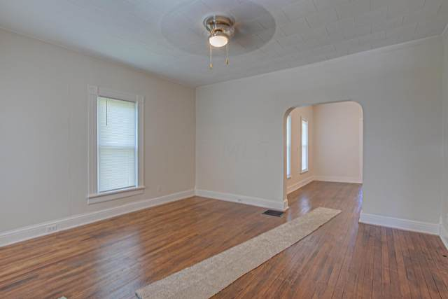 523 S Hubert Avenue, Springfield, OH 45505 (MLS #221023680) :: Signature Real Estate