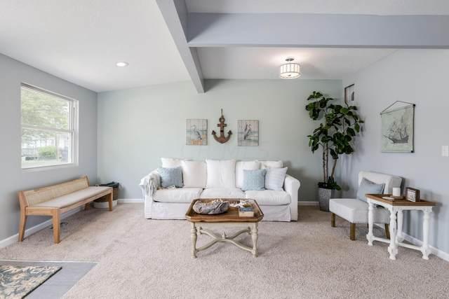156 Central Avenue, Buckeye Lake, OH 43008 (MLS #221023761) :: Signature Real Estate