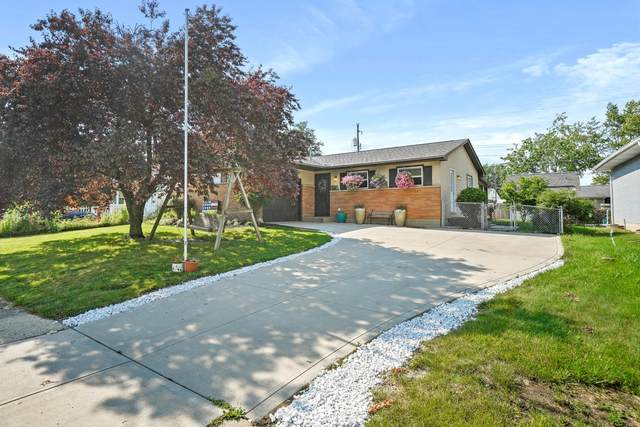 660 Brookdale Drive, West Jefferson, OH 43162 (MLS #221024492) :: The Raines Group