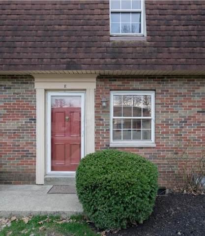 5720 Beechcroft Road E, Columbus, OH 43229 (MLS #221024772) :: Berkshire Hathaway HomeServices Crager Tobin Real Estate