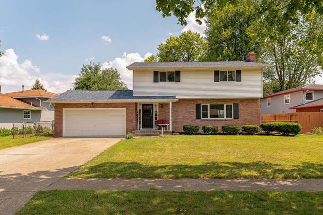 5812 Satinwood Drive, Columbus, OH 43229 (MLS #221025003) :: The Raines Group